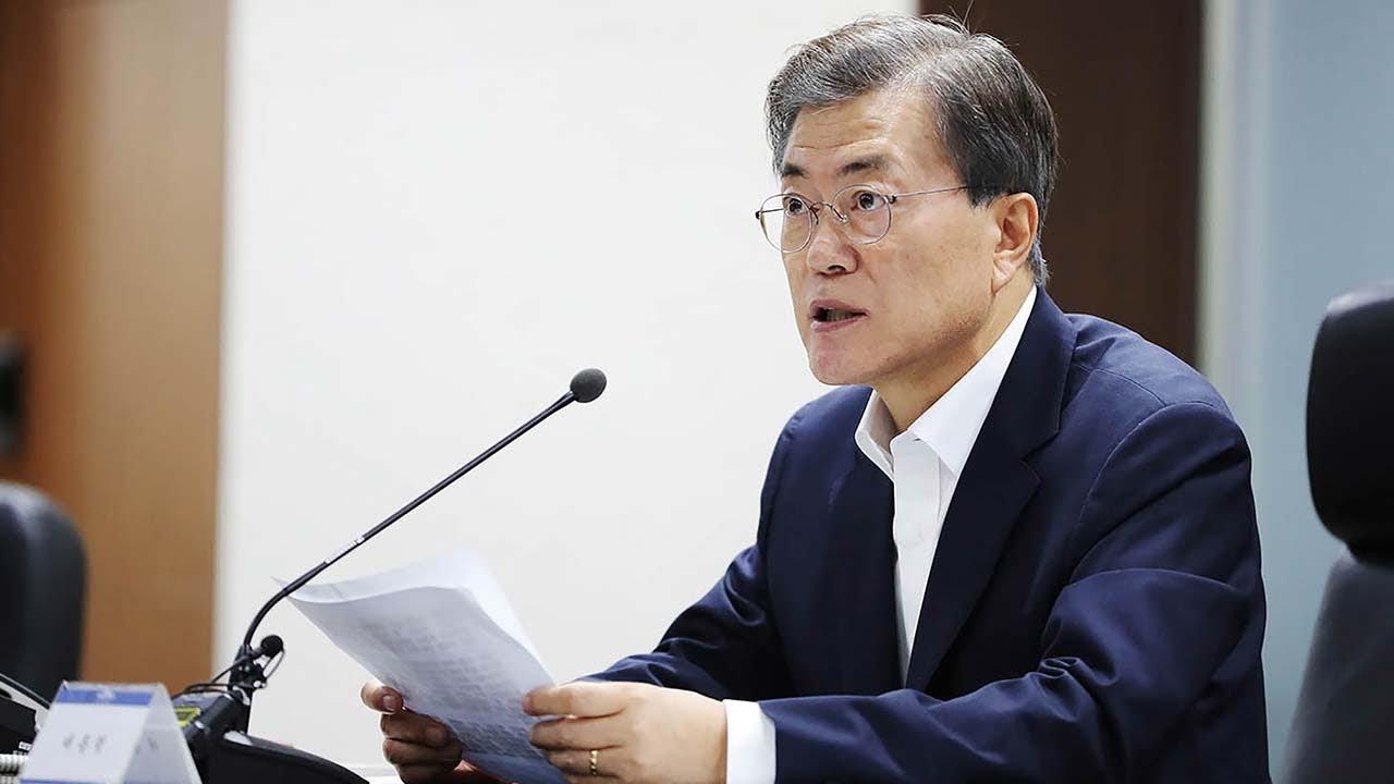韓国大統領「北朝鮮への勝手な軍事行動は許さない!」米「…」韓国、(米に対して)朝鮮半島での軍事行動における事前承認を強く要請する。